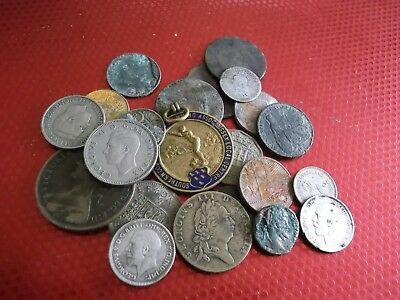 JOB LOT OF METAL DETECTING FINDS WITH SILVER 99p 924F
