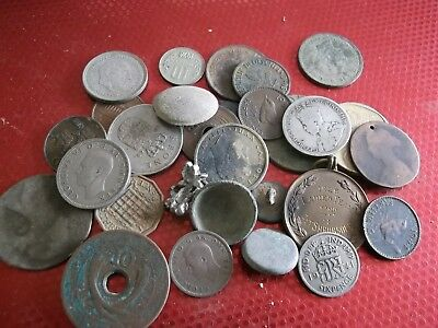 JOB LOT OF METAL DETECTING COIN FINDS WITH SILVER 99p LL92