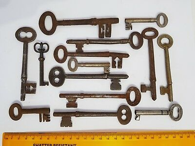 Collection of Old Antique Vintage Door Keys Rustic Home Decor Steampunk Big Lot