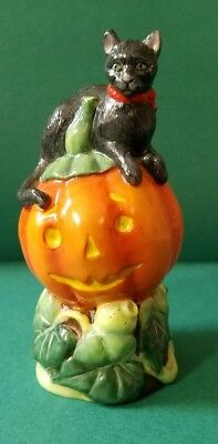 Halloween Black Cat On Jack-O-Lantern Candle Crown Collection Department 56 !!