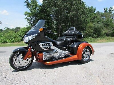 2008 Honda Gold Wing  2008 HONDA GOLDWING GL1800 NEW  ROADSMITH HTS1800 TRIKE WITH RUNNING BOARDS