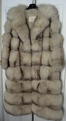 VINTAGE KRAMERS NEW HAVEN CT NATURAL BLUE FOX COAT with ZIP OUT BORDER c1960's