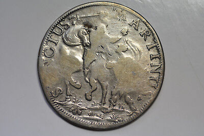 mw9916 Italian States Lucca; Large Silver Crown Scudo 1747  KM#53