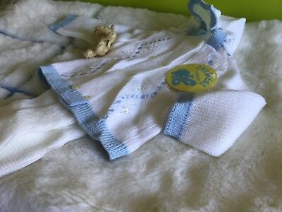 AUTHENTIC VINTAGE 70s UNUSED BABY KNITTED TWO PIECE COACH BUILT  PRAM  SUIT 3M