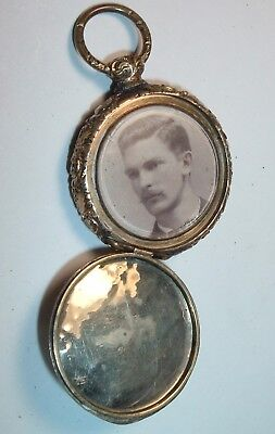 Antique Victorian Locket Memorial Mourning / Photo & Hair , Gold Plated