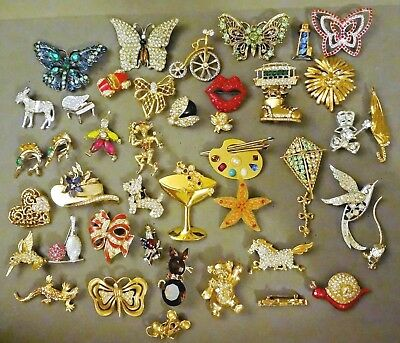 VINTAGE & MOD 40+ Pc LOT Figural RHINESTONE Adorned Pins, BROOCHES Many Designer