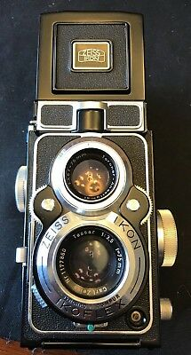 Zeiss Ikon Ikoflex Camera with Guide