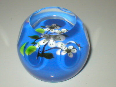 Caithness Paperweight Whitefriars Apple Blossom Facet Cut Paper Weight 41/250