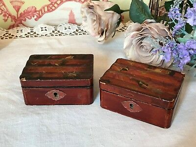 2 Small Antique Paper Mache Trinket Boxes Oriental Japanese Painted Gold Birds