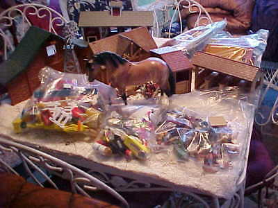 Large Mixed Lot of Little Breyer Horses & Buildings & Accessories