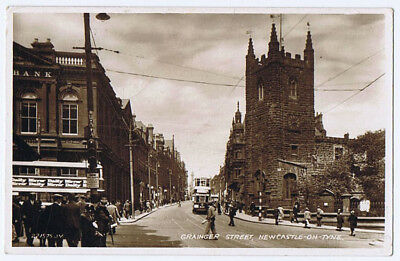NEWCASTLE ON TYNE Grainger Street, RP Postcard by WHS&S Posted 1931 Forth Series