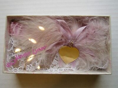 JAMIE LYNN WEDDING GARTER - Lavender & White W/Gold Heart  - New W/Tags