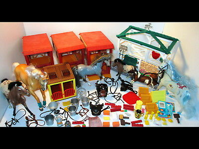 1990s Horses Stables/Stalls/Accessories Empire/Marchon/Grand Champion Feed Groom