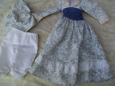 Alte Puppenkleidung Flowery Dress Hat Outfit vintage Doll clothes 40 cm Girl