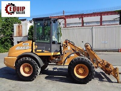 2009 Case 321E Wheel Loader - Includes Bucket & Forks - Low Hours