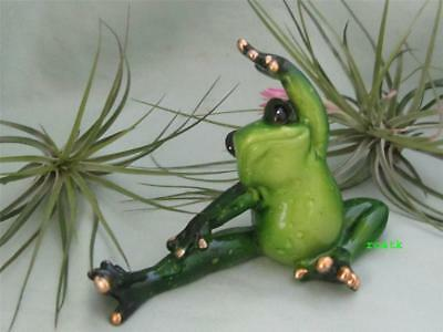 Green Pudgy Yoga Frog  Whimsical Makes You Smile Resin Fairy Garden Free Ship