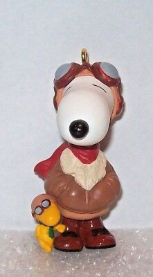 1999 Hallmark FAMOUS FLYING ACE Snoopy + Woodstock aviator PILOTS Christmas ORNA