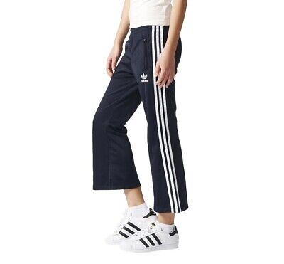 038826cc4fa1a ADIDAS ORIGINALS WOMEN'S Cropped Flared Track Pants Retro Fashion 3 Stripes  Navy