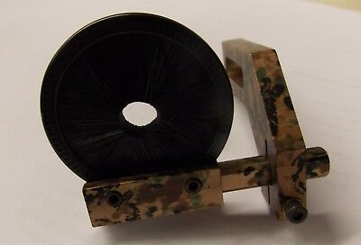 Oringinal Carolina Camo Drop Tine Whisker Biscuit Arrow Rest Right Handed - used