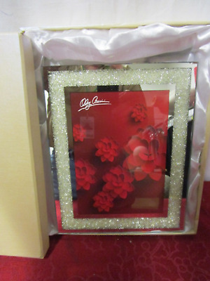 Oleg Cassini Crystal Diamond Gold 8 Inch X 10 Inch Picture Frame