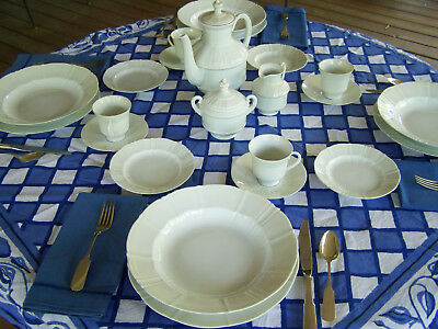 BING & GRONDAHL OFFENBACK FINE CHINA SERVICE FOR 10+  FineThings4sale ESTATE SET