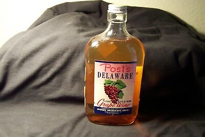 Early / Post Delaware Grape wine bottle    Arkansas  AA Home delivery Label