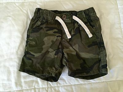 Baby Gap baby boy shorts 3-6 months old S17
