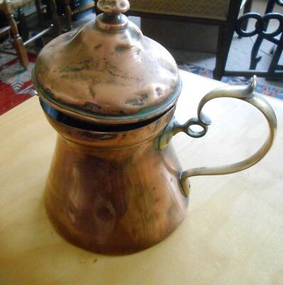 Antique Victorian copper hot water jug with lid 17cm tall 13cm base,brass handle