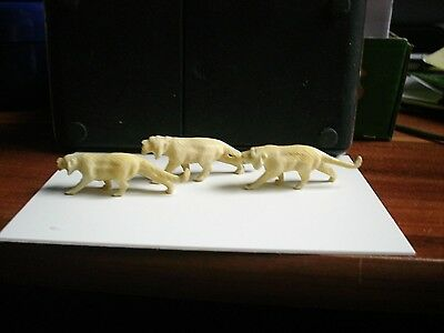 Antique Chinese Hand Carved Miniature Three Lions ~ Bovine Bone