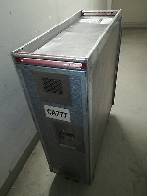 UNITED CA777 - Flugzeugtrolley Full Size Standard Airline Unit Service Cart #1