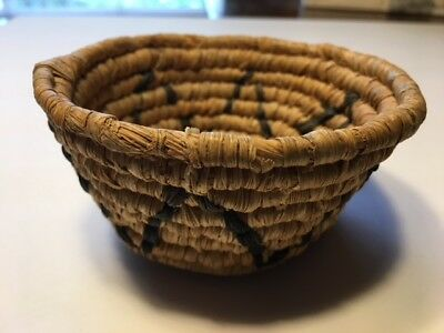 Vintage Old Handmade American Indian Basket