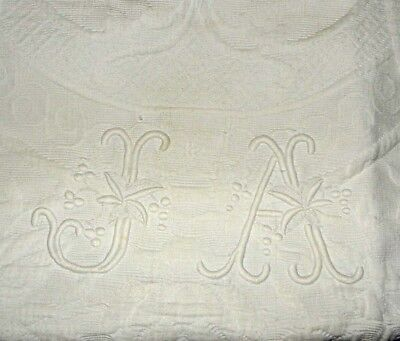 Antique French Quilted Pique Boutis Bedspread Lace Border Monogram J A 70 x 93