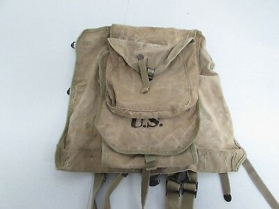 WWII U.S. Army M-1928 haversack with mess kit pouch Boyt 42 marked.   TB