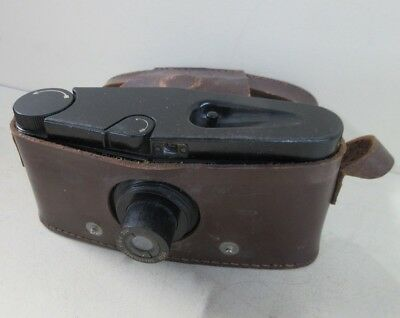 Purma Special Bakelite 127 Film Camera and Leather Case (A8)