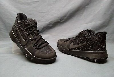 sports shoes 18a67 5edf1 NIKE KYRIE 3 (GS) Athletic Sneakers Mesh Black Triple Black Boys Size 3.5  NEW!