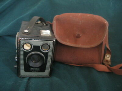 Vintage Kodak Brownie Six-20 Camera Model C with Carry Case