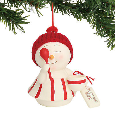 Dept 56 Snowpinions 2018 Kiss The Cook Ornament #6000937 NEW FREE SHIP 48 STATES