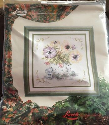 embroidery  Kit Flowers In A Vase Lanarite Life Style Collection 19.5 X19 Cm Dmc