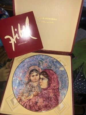 Hi bel Lucia And Child Royal Doulton Collection In Box