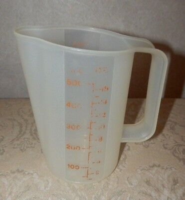 VTG Tupperware 2 Cup Measuring Pitcher Red Letter Marking & Pour Spout 1669-1