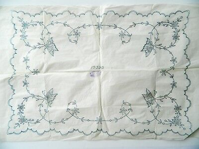 Butterfly Cloth ~ Vintage1940's Embroidery Transfer Pattern 45