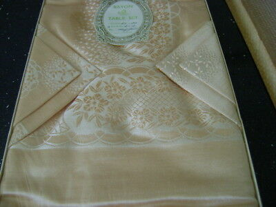 Vintage Boxed Peach Tablecloth And Matching Napkins, Serviettes, Paragon Mayfair