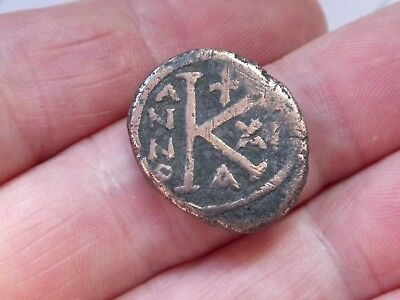 UNIDENTIFIED ANCIENT COIN - crowned figure / anno + large K - 22mm diameter