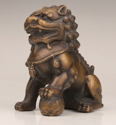 Rare Chinese bronze statue lion old domineering mascot blessing