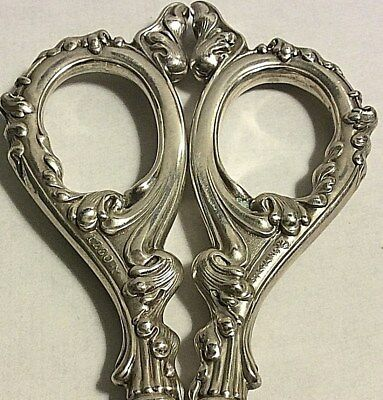 Antique Scrolls Simons Sterling Silver Sewing Embroidery Button Scissors 387