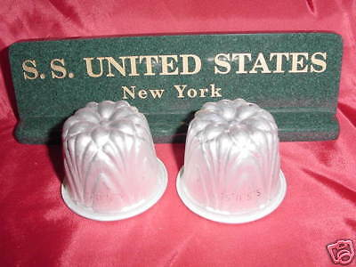 SS UNITED STATES LINES  Set of Hors d'oeuvre Cups    /    Top Condition  /  NOS