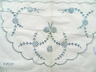 Pretty Floral Design ~ Vintage 40's Embroidery Iron on Transfer Pattern ~ 75