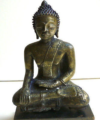 Burmese seated Bronze Buddha, 18th Century, modern pedestal