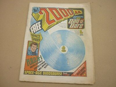 VINTAGE 2000AD BRITISH COMIC ISSUE No 1 1977 - HOUSE CLEARANCE