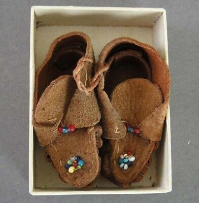 VINTAGE Native American Miniature Hand Made Brown Leather Moccasins Beadwork